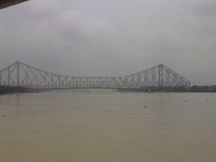 Howrah bridge from the boat