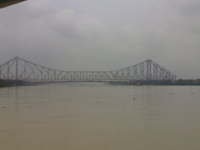 Howrah bridge from the boat